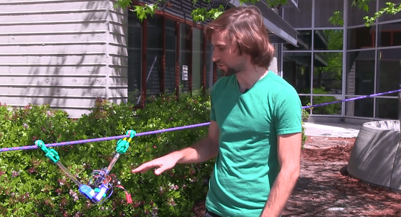 The 3D printed robot that moves on power lines.