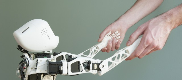 Poppy, the 3D printed open source robot
