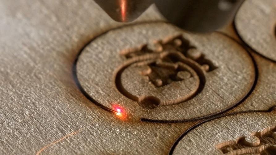 La découpe laser par Sculpteo : vers l'usine du futur