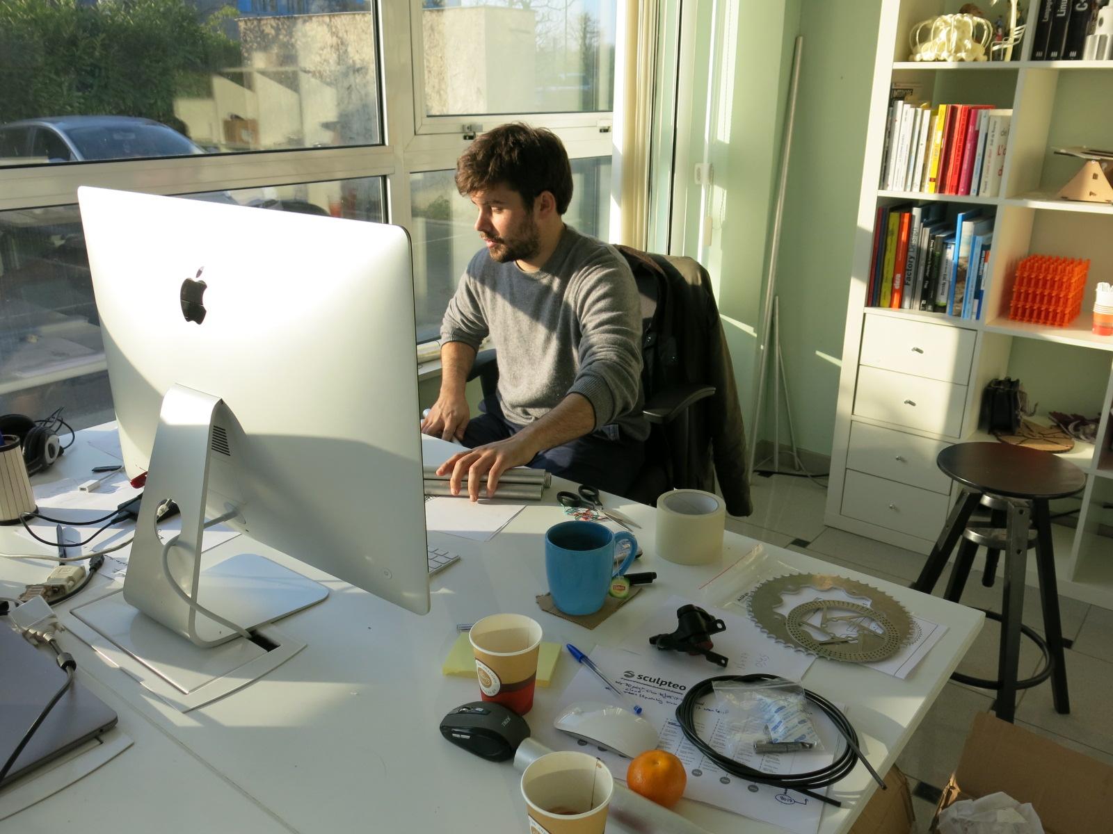 Alexandre d'Orsetti designing the Darwin Bike