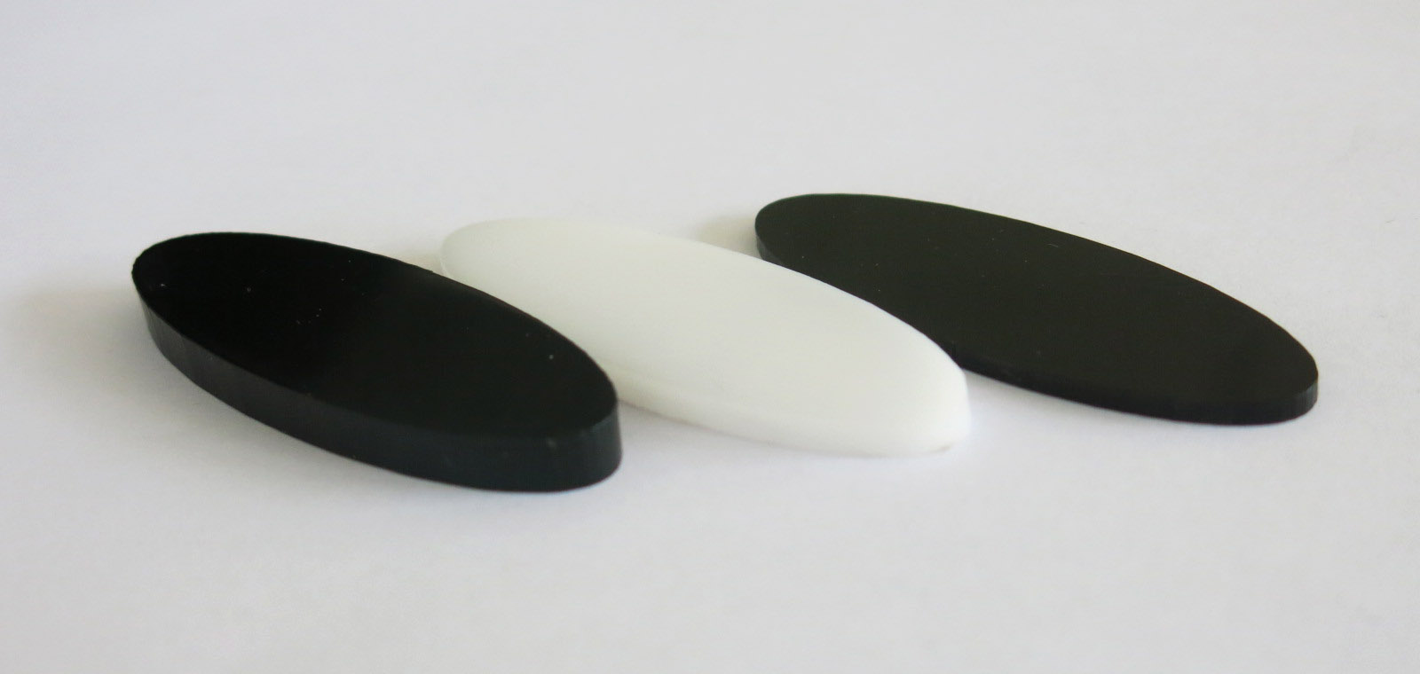 POM material thickness black and white for laser cutting