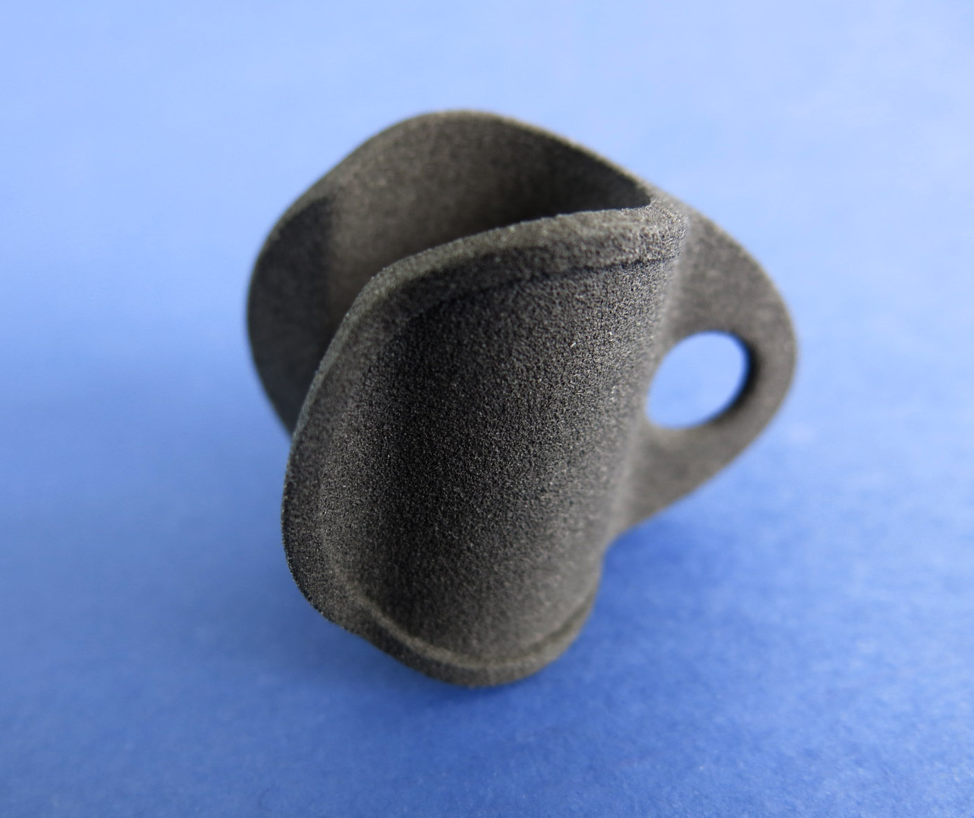 3D printed objects with CarbonMide