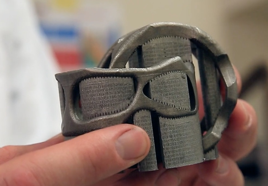3D printed metal part with Support