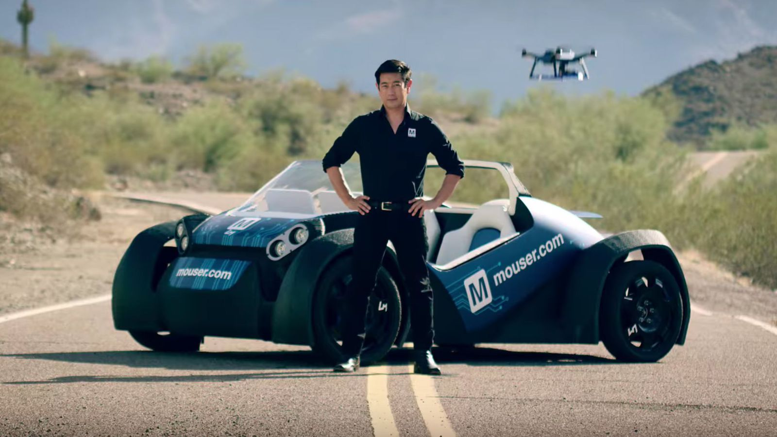 source: https://www.cnet.com/roadshow/news/local-motors-3d-printed-car-now-has-a-drone-because-autonomy/
