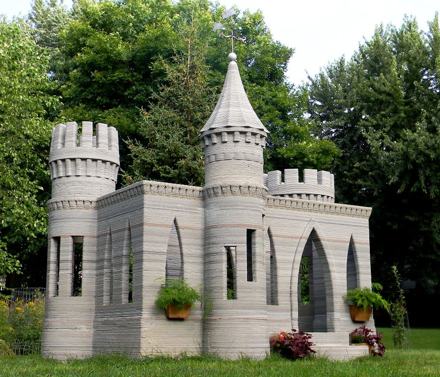 credit: http://www.totalkustom.com/3d-castle-completed.html