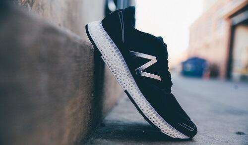 crédit: https://www.engadget.com/2015/11/19/new-balance-3d-printed-running-shoe/