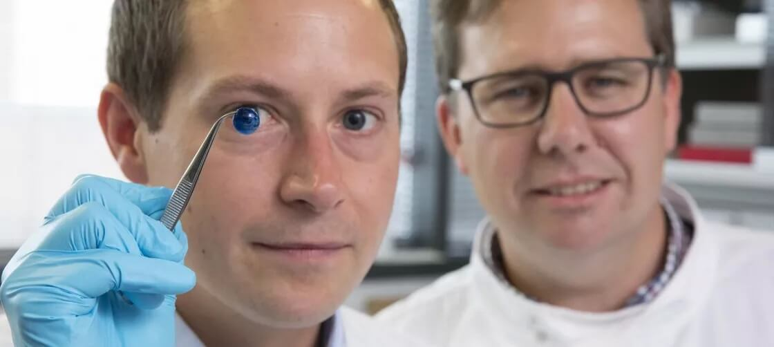 https://www.theverge.com/2018/5/30/17411268/cornea-transplants-3d-printing-human-cells-eyes-science