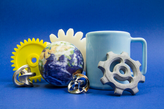 3D printed objects in, HD resin, Silver, Multicolor, brass, ceramic, alumide