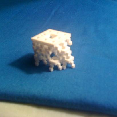 Pyramide fractale Menger D4d