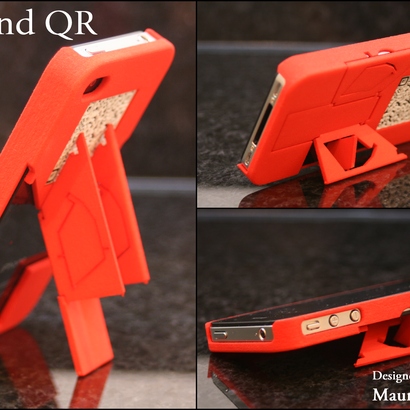 TriStand - iPhone 4 / 4s Case with 3 Integrated Stands