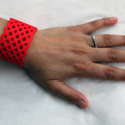 "Cuff ""Circles & Squares"" (Size M)"
