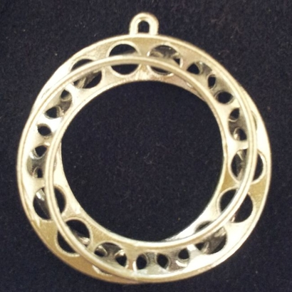 Moebius Band 30mm with loop