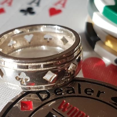 Bague Poker Deluxe T62