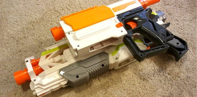 /media/picture/thumb/2017/01/19/eyyH/combined-nerf-rifles-side-small_size_833x413..jpg