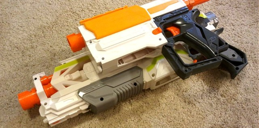 /media/picture/thumb/2017/01/19/eyyH/combined-nerf-rifles-side-small_size_833x413.jpg
