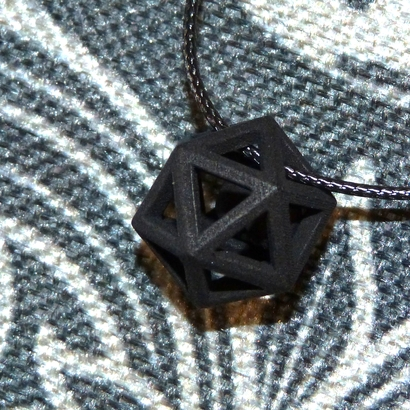 Polyhedron pendant with interlocked heart