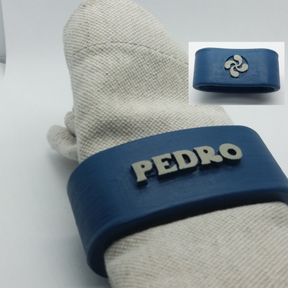 PEDRO 3D Napkin Ring with lauburu