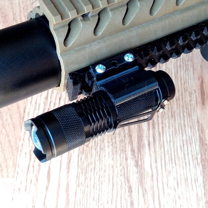 Fast Detach Picatinny Mount for Mini Cree Flashlight Torch